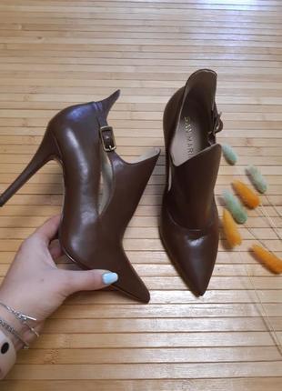 Туфлі san marina