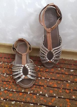 Нат.кожа сандали  босоножки индия р.38(24.5см) босоніжки  сандалі