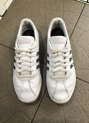 Білі шкіряні кросівки adidas ortholite float кроссовки кожаные