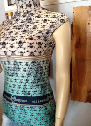 Мягонькая, эластичная блуза бренда alexander mcqueen, р. 40-443 фото