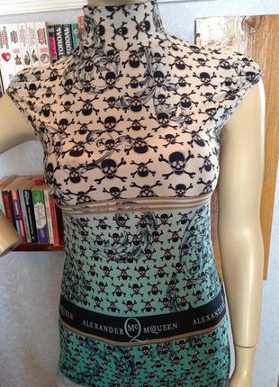 Мягонькая, эластичная блуза бренда alexander mcqueen, р. 40-444 фото