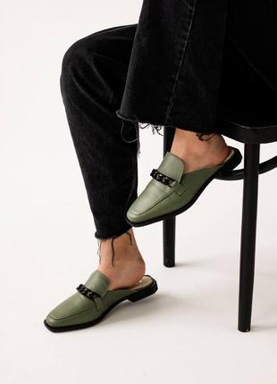 Шлёпанцы зелёные
