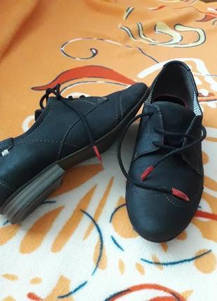 Туфли натур.кожа  р.38(24.5см)  туфлі черевики