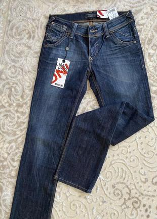 Стильні брендові джинси