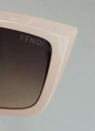 Fendi очки женские солнцезащитные коричневый градиент в нежно розовой оправе9 фото