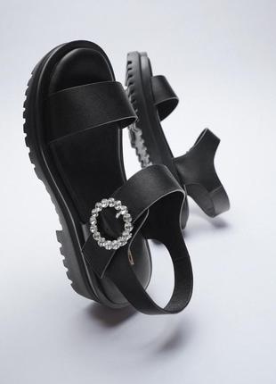Босоножки zara, сандали на рифленой подошве zara
