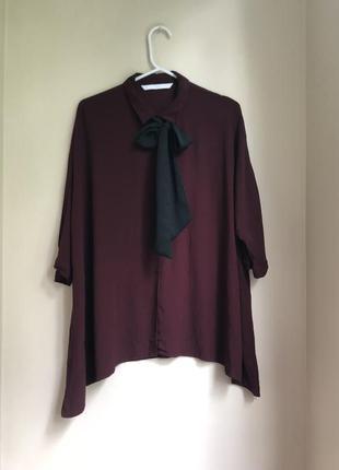 Бордовая вискозная блуза оверсайз с бантом прямого кроя блузка2 фото