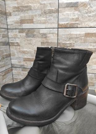 Итальянские кожаные ботинки vero cucio