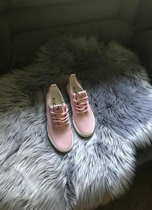 Мокасины lion розовые на шнурках 37 размер екокожа перфорация в дырочку
