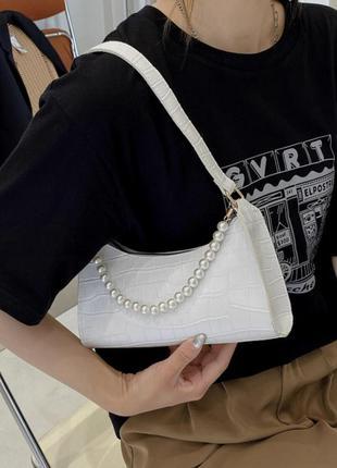 «гарнет» новая женская белая кожаная сумка багет с тиснением