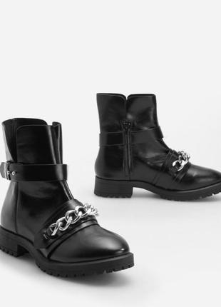 Черные ботинки, демісезонні черевики, трендове взуття, демисезонные ботинки.