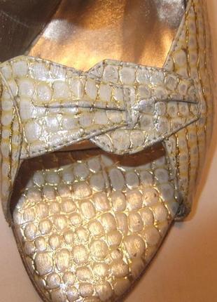 Босоножки нарядные. бренд - sabrina chic. натуральная кожа. размер 39-39,5-40.