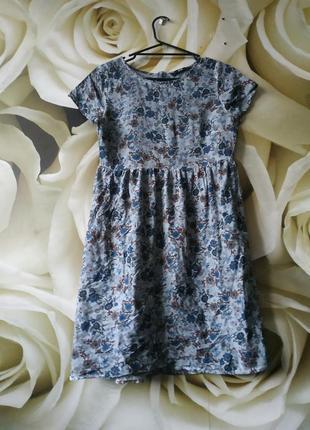 Легкое платье свободного кроя в цветгчный пртнт