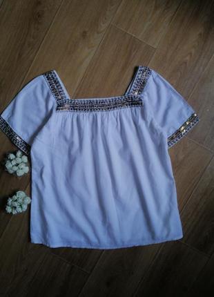 Белая хлопковая блуза с паетками