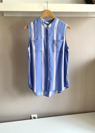 Натуральная голубая рубашка без рукавов
