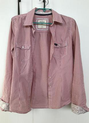 Стильная рубашка в розовую полоску