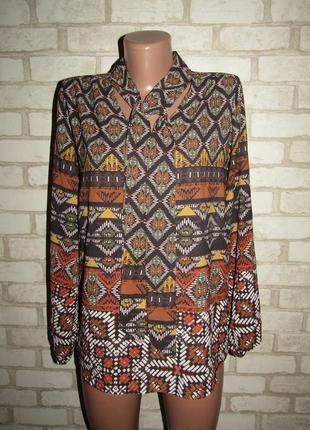 Красивая блуза р-р л-14 сост новой италия