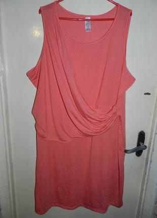 Трикотажное,женственное платье с драпировкой,большого размера,батал