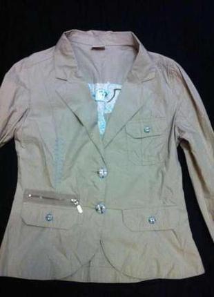 Фирменный итальянский пиджак,курточка,куртка,жакет+подарок