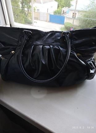Отличная вместительная женская сумка george