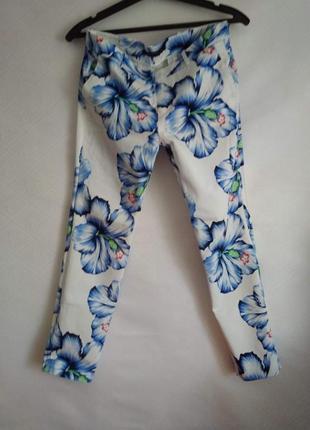 Принтованные прямые брюки на низкой посадке  zara