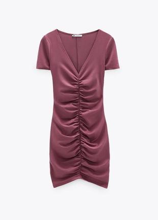 Платье мини бордовое с v образным вырезом и драпировкой zara