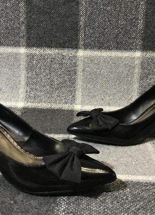 Женские стильные туфли лодочки new look