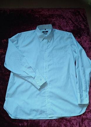 Отличная рубашка от известного бренда.