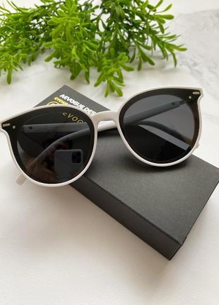 Женские очки стильные трендовые