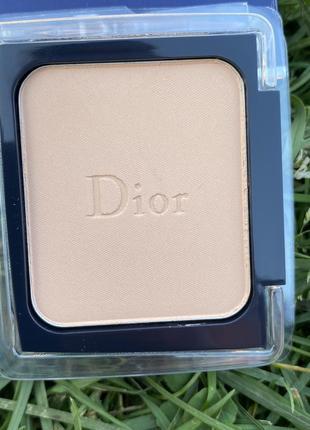 Пудра для обличчя dior diorskin forever compact