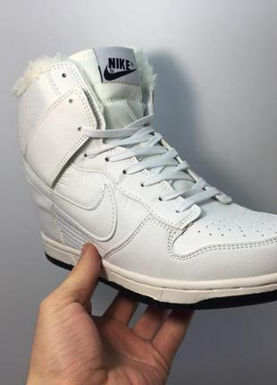 Сникерсы nike wmns dunk hight white с мехом
