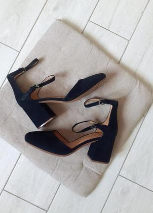 Туфлі меріджейн madewell
