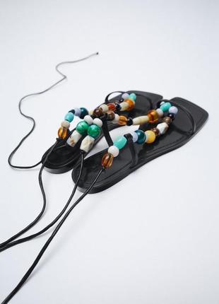 Сандали босоножки zara с бусинами стильные на завязках