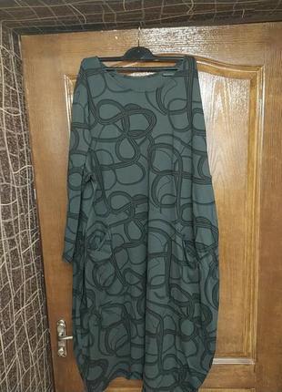 Италия стильное оригинальное комфортное платье оверсайз пог  74см