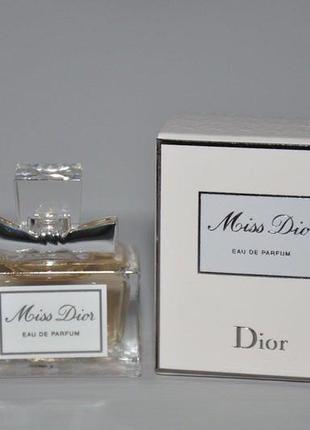Dior miss dior 5ml парфюмированная вода (мини)