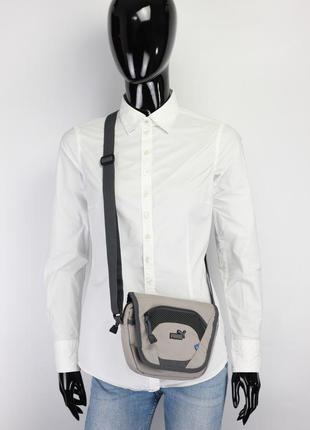 Фирменная оригиналтная сумка через плечо
