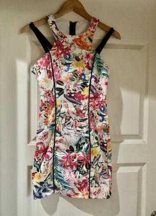 Яркое платье с тропическим принтом bershka размер m