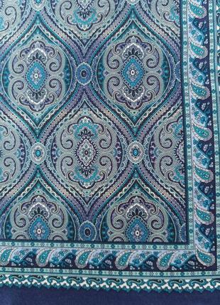 Маленький шелковый платок винтаж на шею на сумку