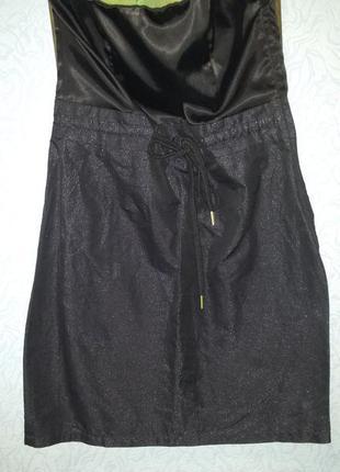 Маленькое чёрное платье бюстье с искрящейся юбкой h&m