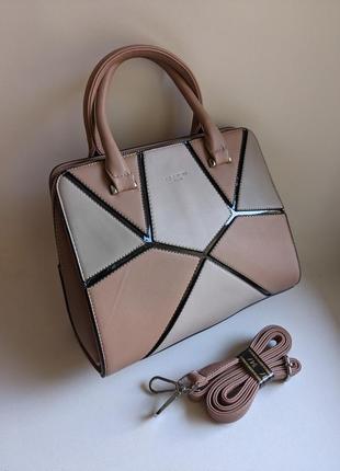Стильная новая женская сумка розового цвета
