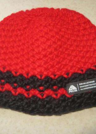 Теплая шапка nike