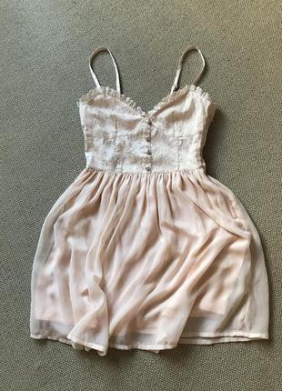 Нежное платье на миниатюрную красотку