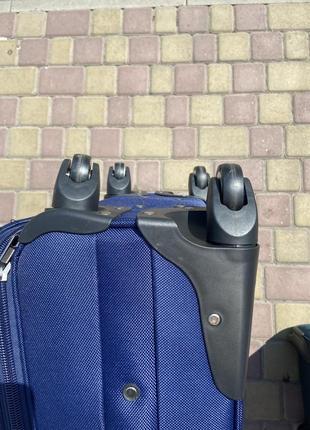 Акция !!!качественный чемодан на 4 колеса,вместительный ,надёжный ,дорожная сумка,кодовый замок,валіза4 фото