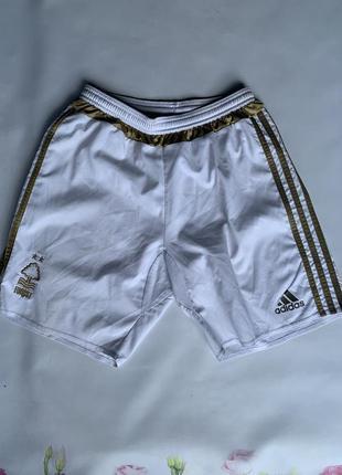 Легкие спортивные шорты белые adidas фк forest без карманов