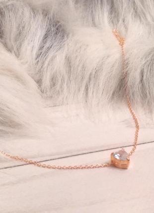 Цепочка с подвеской сердце чокер колье ожерелье золотистый новое