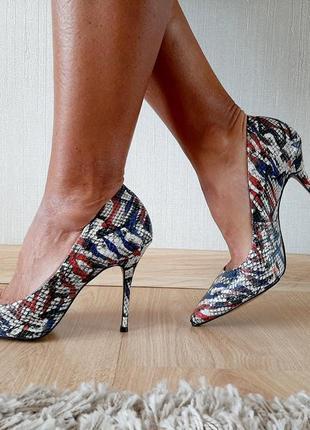 Туфли кожаные sanmarina  италия р 39