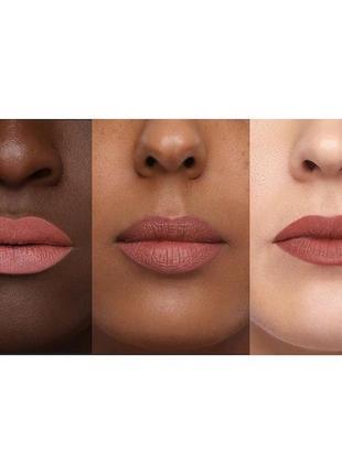 Матовая губная помада huda beauty power matte lipstick - first kiss2 фото