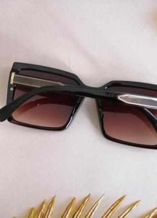 Крупные коричневые квадратные солнцезащитные женские очки 2021 на среднее лицо