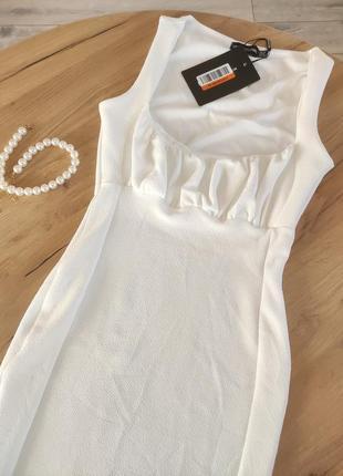 Новое ьелое платье миди prettylittlething платье-футляр облегающее платье (бирка!)