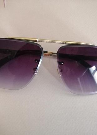Эксклюзивные брендовые солнцезащитные очки унисекс металлической оправе 20215 фото